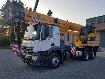 Macara montata pe camion Locatelli TCL 40.35