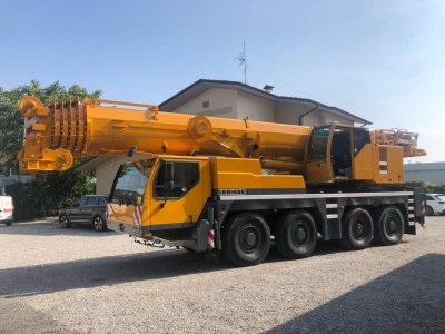 AUTOMACARA LIEBHERR LTM 1090-4/1